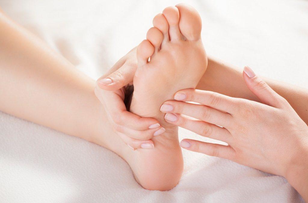 Käsi- ja jalkahoidot